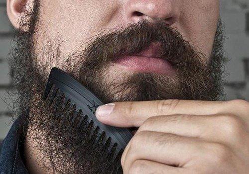Come pettinare la barba correttamente