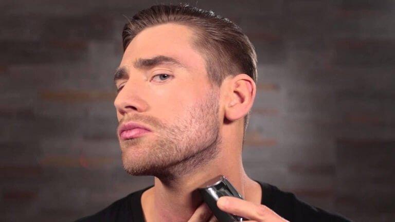 Cura della barba corta il regolabarba