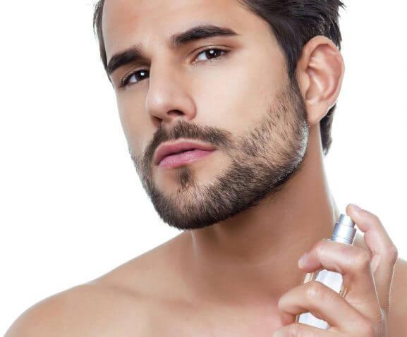 Le possibili cause della barba che cresce poco