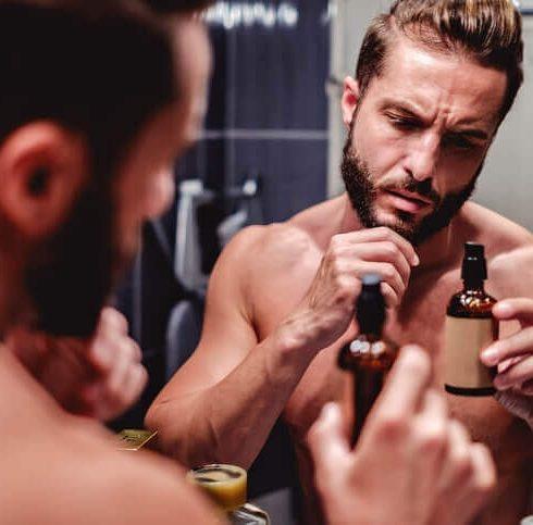 curare la barba a chiazze con l'olio di ricino